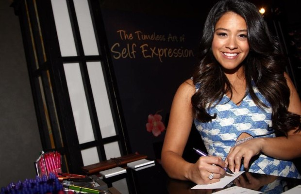 Pilot Pen and GBK Productions congratulates Gina Rodriguez on her 1st Golden Globe! (PRNewsFoto/GBK Productions)