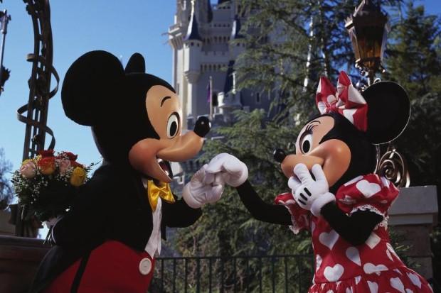 Mickey Mouse and Minnie Mouse Celebrate Valentine's Day at Walt Disney World Resort in Lake Buena Vista, Fla. (PRNewsFoto/Walt Disney Parks and Resorts)