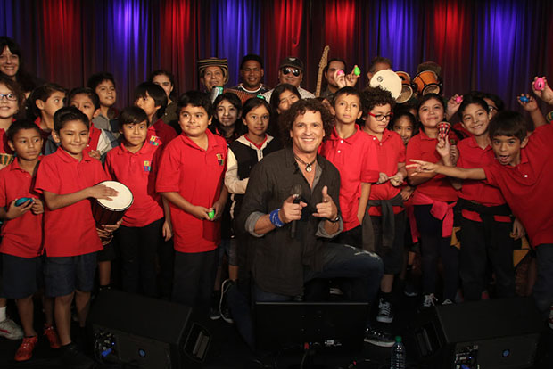 carlos-vives-kids-1-theshowbizlive