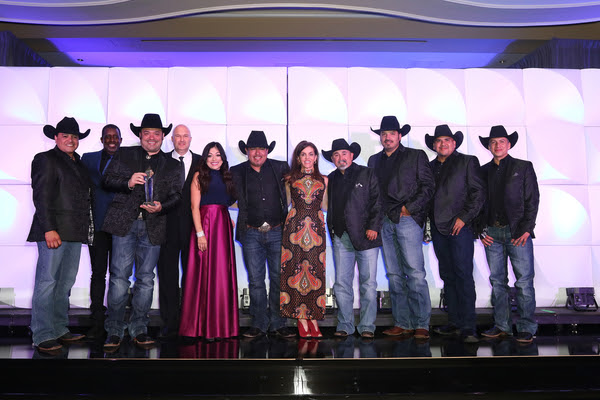 Intocable - 2016 SESAC Latina Icon Award (Photo © 2016 SESAC Latina)