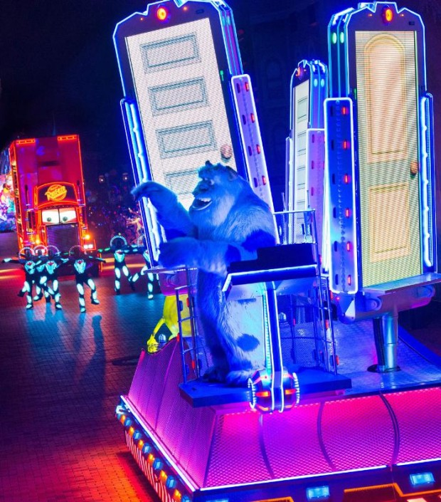 SULLEY ON THE SCARE FLOOR IN 'PAINT THE NIGHT' Parade - Sulley from 'Monsters, Inc.' brings guests into the world of Monstropolis in this all-new new after-dark spectacular at Disneyland park inspired by the iconic 'Main Street Electrical Parade.' Celebrating 60 years of magic, 'Paint the Night' is one of three new nighttime spectaculars which will immerse guests in the worlds of Disney stories like never before. The Diamond Celebration at the Disneyland Resort begins Friday, May 22, 2015. (PRNewsFoto/Disneyland Resort)