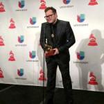 Leonel Garcia ganador de Latin Grammy 'Mejor Canción Alternativa' y 'Canción del Año'
