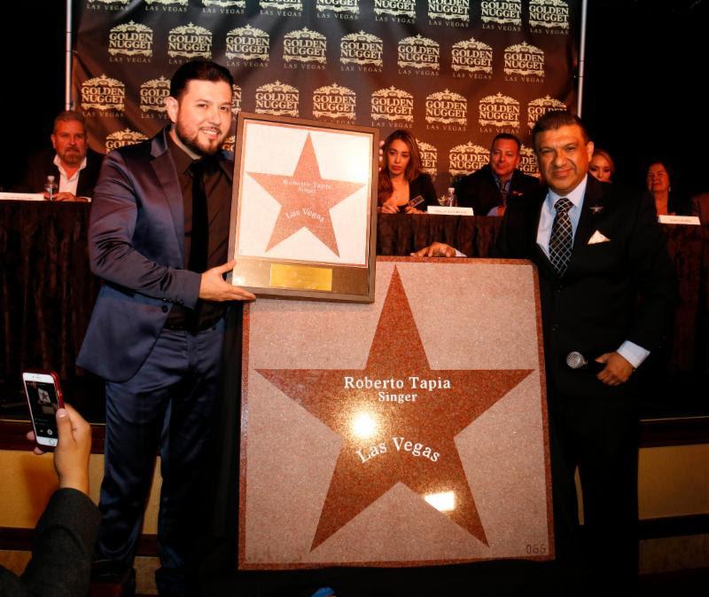 Roberto Tapia es inmortalizado en El Paseo de Las Estrellas en Las Vegas (Foto cortesia The 3 Collective)