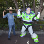 Julión Álvarez en Disneyland Resort en California