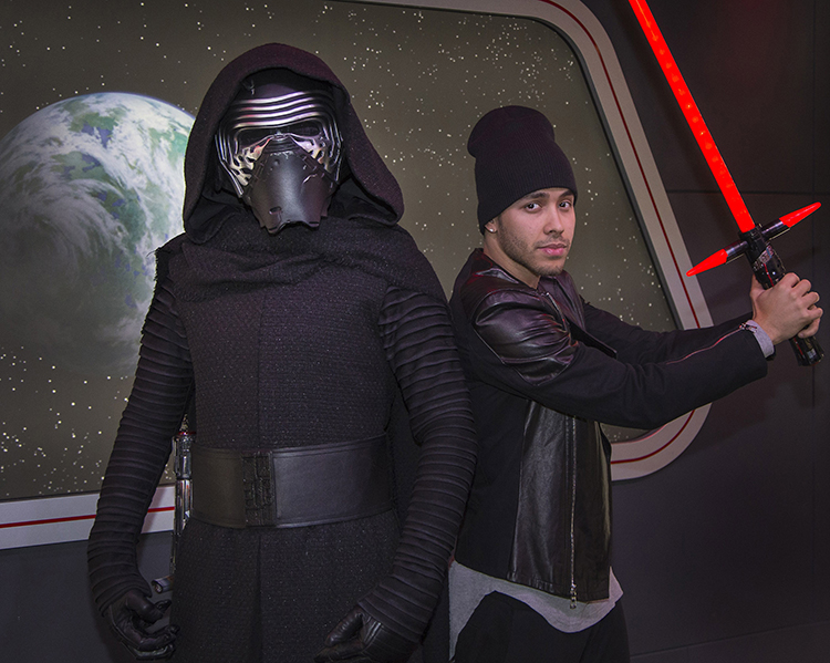"(January 27, 2016) – Singer Prince Royce discovers the power of the dark side when he encounters Kylo Ren from ""Star Wars: The Force Awakens"" at Star Wars Launch Bay at Disneyland Park in Anaheim, Calif. on Wednesday, Jan. 27, 2016. (Paul Hiffmeyer/Disneyland)"