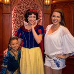 Una Visita de Reina: Alicia Machado con su hija en Disneyland Resort